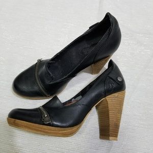 London Underground Black Zipper Platform Pumps 7